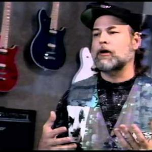 Embedded thumbnail for Dave Pomeroy Interview - Music Makers 2006
