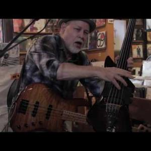 """Embedded thumbnail for Dave Pomeroy - """"Pendulum"""" Live at Grimey's Records 2017"""